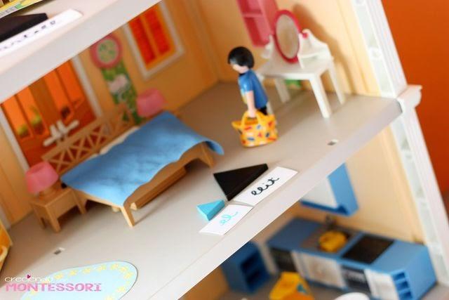 Gram tica montessori casa playmobil creciendo con for La casa de playmobil