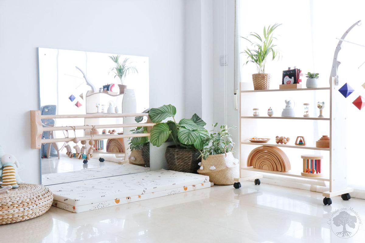24ea75d2d Ambiente Montessori bebé en casa 1: Espejo con barra + Colchón de ...